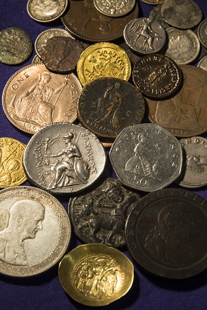 Inheriting Rome: the imperial legacy in coinage and culture (Barber Institute of Fine Arts, 27th February 2015-24th January 2016)